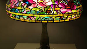 Louis Comfort Tiffany Lamp What Are Tiffany Lamps History Louis Comfort Tiffany Youtube