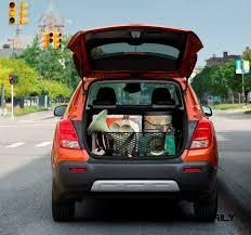 nissan juke trunk space 2015 chevrolet trax usa arrival in september to battle juke honda