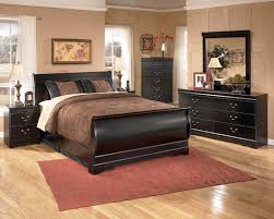 Bedroom Furniture Discounts Huey Vineyard 4 Piece Sleigh Bedroom Set In Black