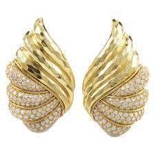 yellow gold earrings henry dunay diamond yellow gold earrings diamond gold and