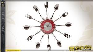 couvert de cuisine horloge murale métal thème cuisine et couverts chrome et