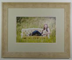 how to frame a photograph