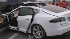 tesla truck fatal accident since tesla autopilot did not recognize a truck