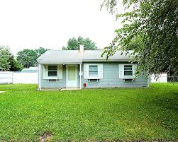 8246 e 48th st 2 bedroom 1 bath house for rent in lawrence