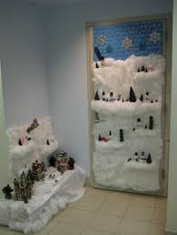 Christmas Door Decorations Ideas For The Office Great Ideas To Have The Best Decorated Office In The Building