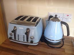 Delonghi Toaster Icona Delonghi Icona Vintage Kettle And Toaster Set In Ipswich