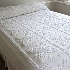 What Is A Bedding Coverlet - best 25 chenille bedspread ideas on pinterest white coverlet