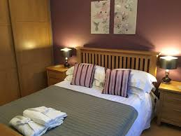 Courts Jamaica Bedroom Sets by Apartment Chamberlin Court Cambridge Uk Booking Com