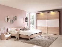Schlafzimmer Gross Einrichten Beautiful Weiser Kleiderschrank Im Schlafzimmer 25 Moderne Designs