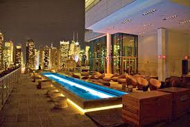 Roof Top Bars In Nyc Hell U0027s Kitchen Rooftop Bars This Spring Se Marier à New York C