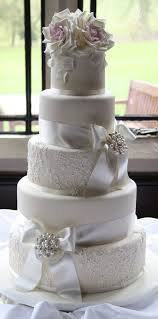 plain wedding cakes lace wedding cakes 12 stylish