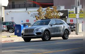 baby blue bentley blac chyna flaunts new bentley rob kardashian money