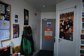 Uni Bedroom Decorating Ideas Post Pictures Of Your Dorm Room The Student Room