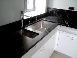 plan de travail cuisine noir paillet marbre cuisine plan travail plan de travail en granit pour cuisine