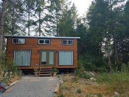 the urban cabin 14 u0027 x 28 u0027 tiny portable cedar cabins