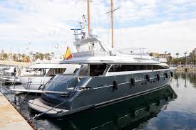 2010 admiral mariotti yachts admiral 35 a motor barco en venta