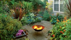 Outdoor Fireplaces And Fire Pits That Light Up The Night Diy Ideas For Fire Pits Sunset
