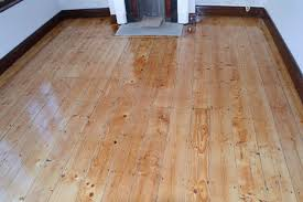 floor sanding and varnishing methods applied by painters and