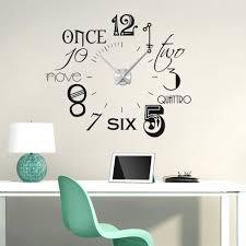 Wanduhren Wohnzimmer Mit Beleuchtung Amazon De Wandtattoo Uhr Mit Modernem Design Mit Internationalen