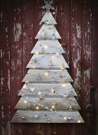 26 creative pallet trees with decor ideas shelterness