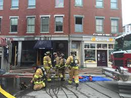 Gas Light Portsmouth Nh Four Alarm Blaze Strikes Portsmouth Gas Light Co Restaurant