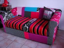 relooker un canapé en cuir relooker vieux canapé cuir canapé idées de décoration de maison