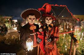 Dia De Los Muertos Costumes Latin America Celebrates Day Of The Dead Daily Mail Online