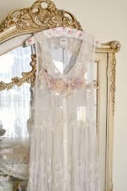 Old Fashioned Lace Curtains by 753 Best Shabby Lace Dentelles Images On Pinterest Lace