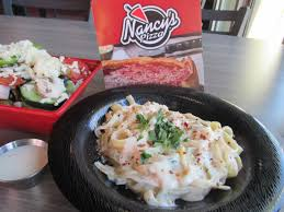 round table pizza la verne lunch with lainey nancy s pizza in la verne makes dining out a