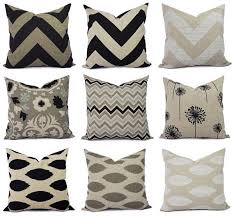 Sofa Decorative Pillows by Best 25 Brown Couch Pillows Ideas On Pinterest Brown Decor