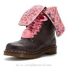 s boots products in canada s dr martens triumph 1914 14 eye floral print black darkened
