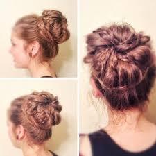 Hochsteckfrisurenen Lange Haare Dutt by Eine Beeindruckende Hochsteckfrisur Mit Dutt Flechten