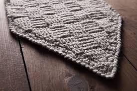 Crochet Table Runner Pattern Free Crochet Pattern Tissiere Table Runner Knitpicks Staff