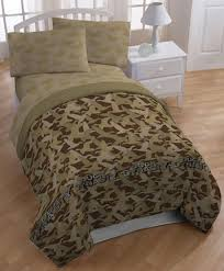 Camouflage Comforter Amazon Com A U0026e Networks Duck Dynasty Comforter Set Queen Tan