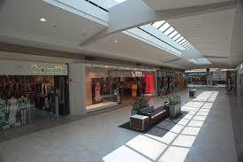 bureau en gros boucherville shopping center carrefour angrignon westcliff