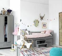 armoire chambre d enfant l armoire enfant en 54 photos qui va vous inspirer