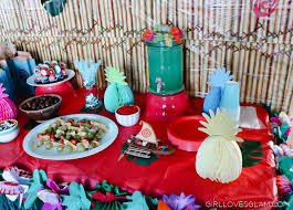 how to decorate birthday table moana birthday party loves glam