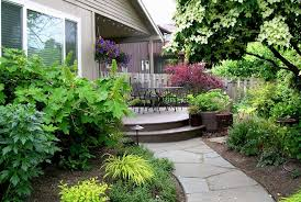 Landscape Design In A Day For Modern Family - Landscape design home