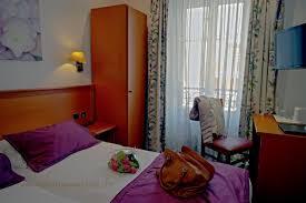 hotel baignoire dans la chambre hotel avec baignoire dans la chambre chambre