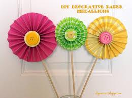 paper decorations party decorations diy decorative paper medallions i dig