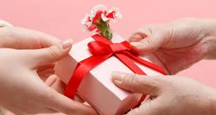 valentines day ideas for couples top 5 creative s day gifts for men