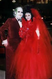 lydia beetlejuice wedding dress 2004 beetlejuice and lydia by andrewsalt on deviantart