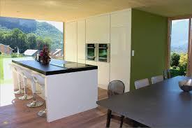 en cuisine avec modele de cuisine avec ilot central frais cocinas schmidt fresco