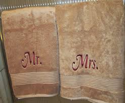 wedding gift towels mr and mrs embroidered bath towels wedding gift