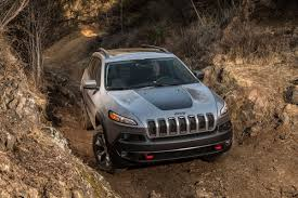 muddy jeep cherokee the 2014 jeep cherokee moves away from xj platform and into future