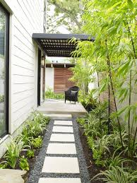 Best 25 Pebble Patio Ideas On Pinterest Landscaping Around by Best 25 Side Yard Landscaping Ideas On Pinterest Front Yard