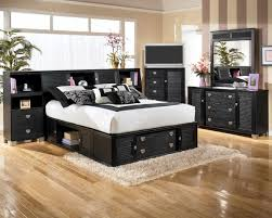 Shiny Black Bedroom Furniture Bedroom Astounding Remodel Interior Bedroom Design Ideas With