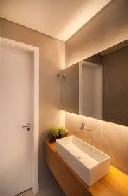 beleuchtung badezimmer die besten 25 beleuchtung ideen auf indirekte