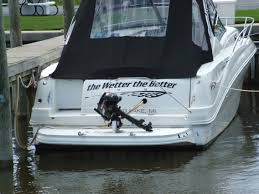compass design boat lettering