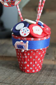 americana centerpiece plus a patriotic blog hop the country chic